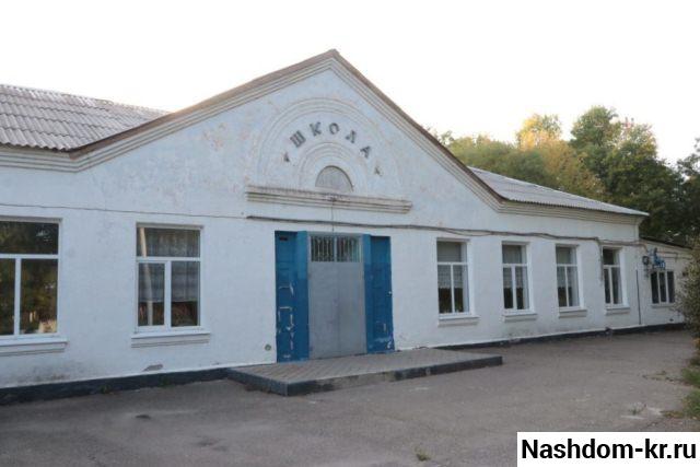 старая школа в хуторе ленина